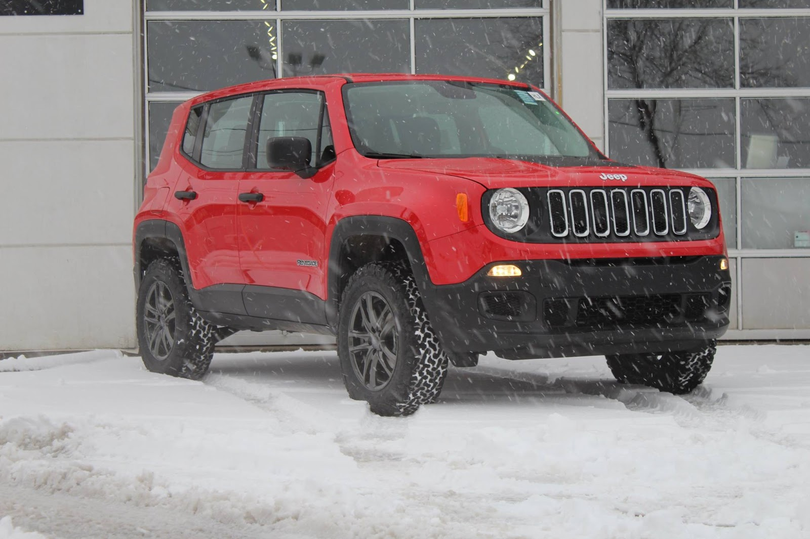 2016 jeep renegade tire size