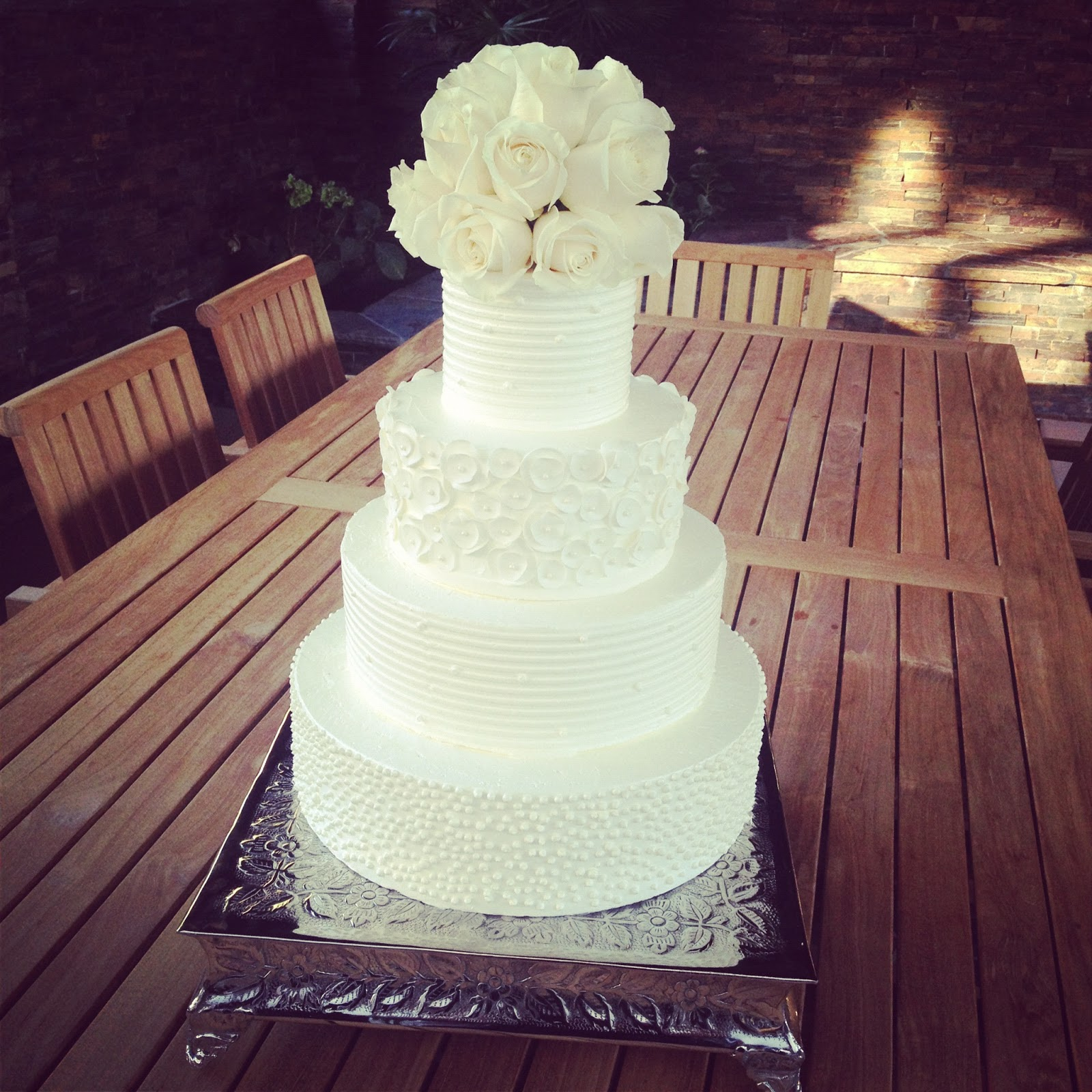 Gallery For Simple White Buttercream Wedding Cake
