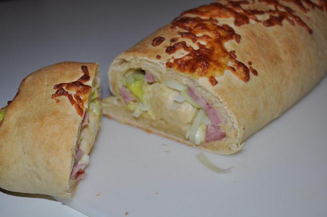 Brød med skinkefyll
