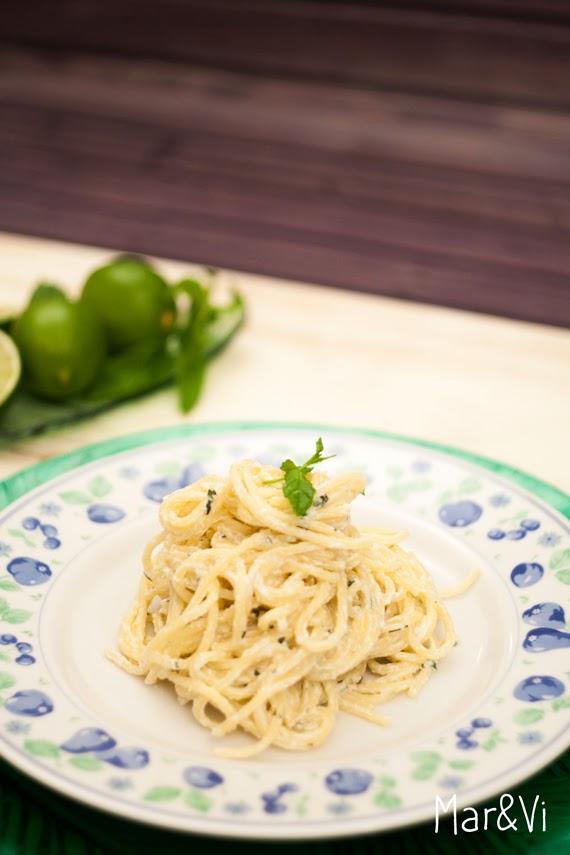 Spaghetti con ricotta, menta e lime