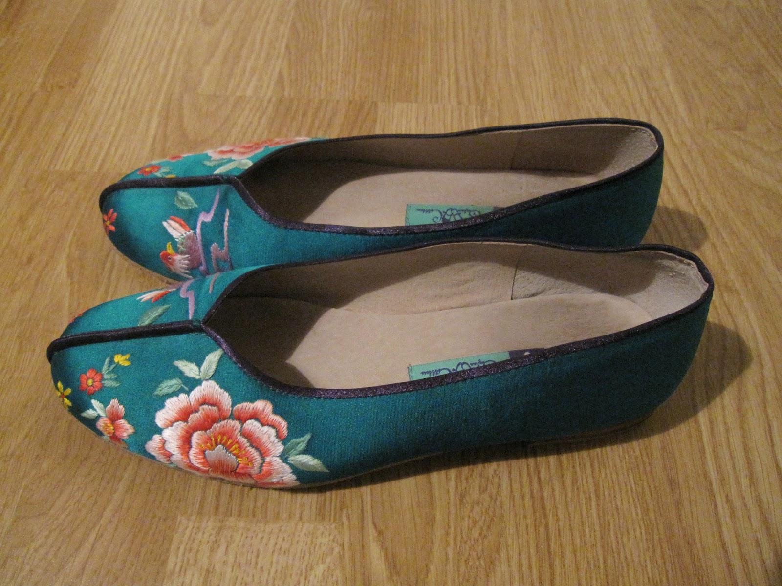 Pantoufles Femmes Bleu / Multicolore / Bleu Madeleine NfTtqT9Kh