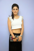 Isha Talwar Charming photos-thumbnail-7