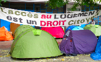 EXPULSÉS DE LA COURNEUVE AGRESSION POLICIERE UNE FEMME BLESSÉE !!