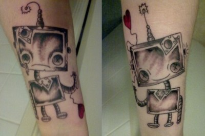 tumblr lj1jxugYP31qzabkfo1 400 >#tattoofriday   Robot