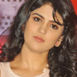 actress-deeksha-seth-pictures-2