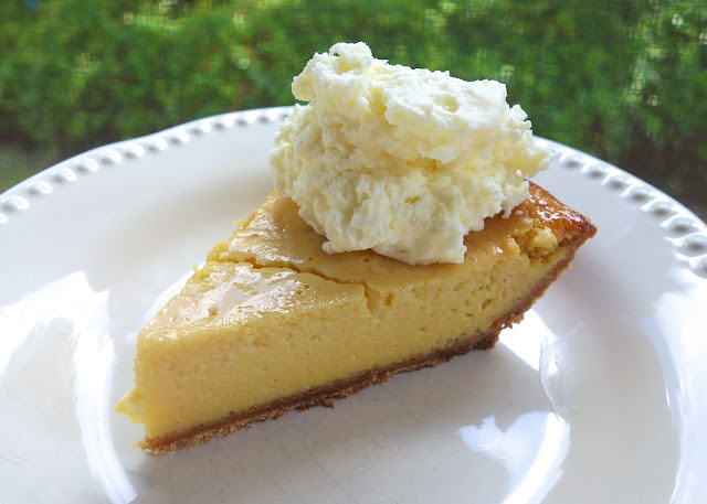Morton's Key Lime Pie - only 6 ingredients! Recipe from the famous steakhouse. Tastes amazing! SO easy and SO delicious! Can make ahead of time and refrigerate until ready to serve.