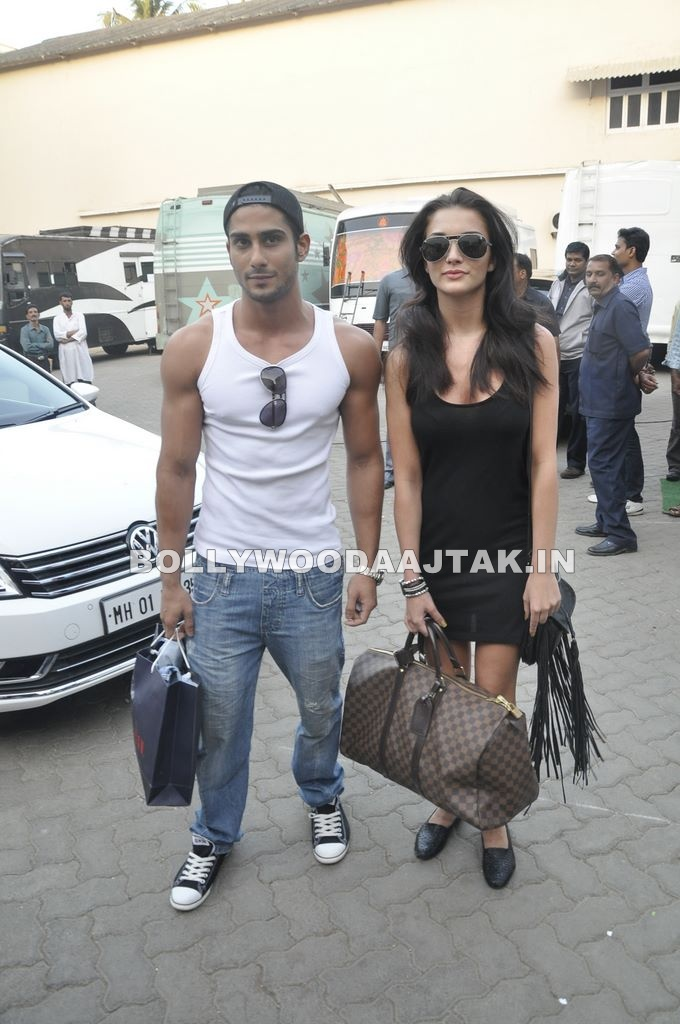 Amy Jackson1 - Prateik &amp; Amy snapped at Mehboob Studio