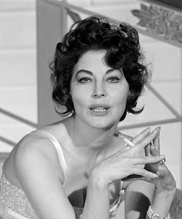 ava gardner smoking
