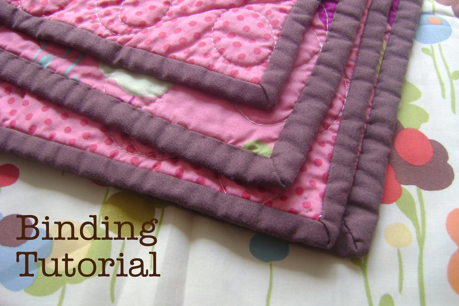 How to bind or finish a quilt : applying quilt binding - Adamdwight.com
