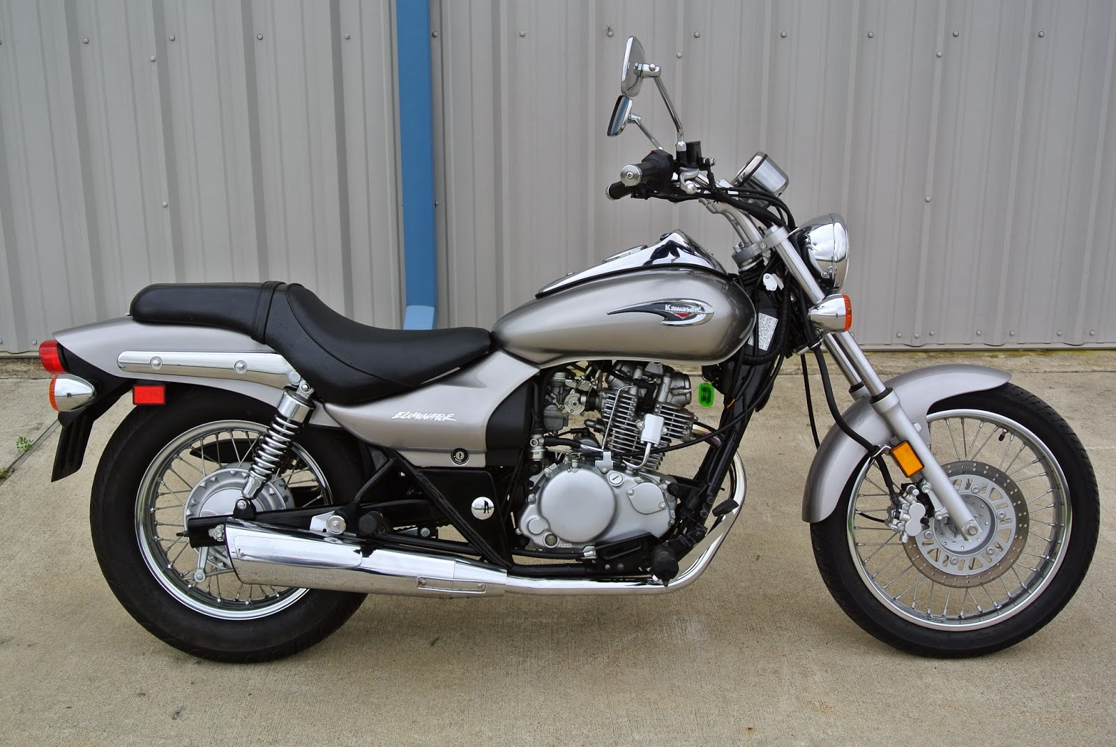 2009 kawasaki eliminator 125 we obsessively cover the auto industry. Black Bedroom Furniture Sets. Home Design Ideas
