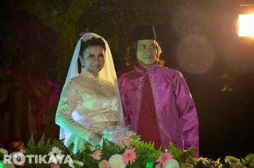 28 gambar Sekitar Pernikahan Raja Azmi