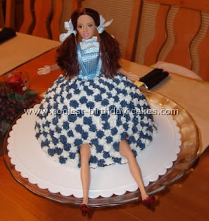 Wizard of Oz Dorothy cake by Missy