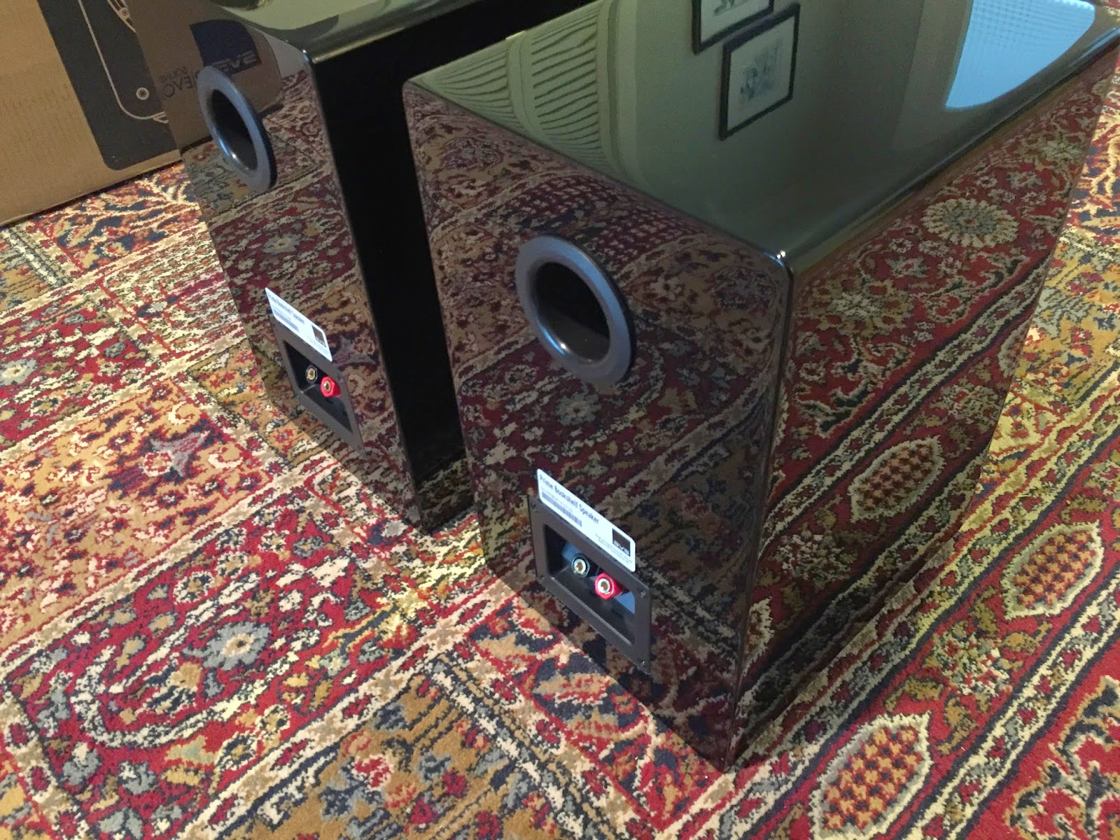 SVS+Prime+Bookshelf+Speaker+finish.JPG
