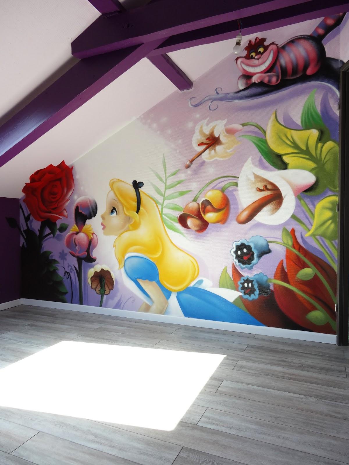 Gimus d coration chambre d 39 enfant graffiti alice au for Chambre sociale 13 janvier 2009