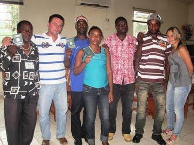 Fazenda Nicteroy acolhe haitianos com oferta de trabalho