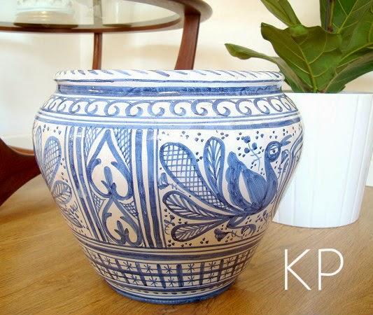Macetero de cerámica valenciana antigua pintada de forma artesanal