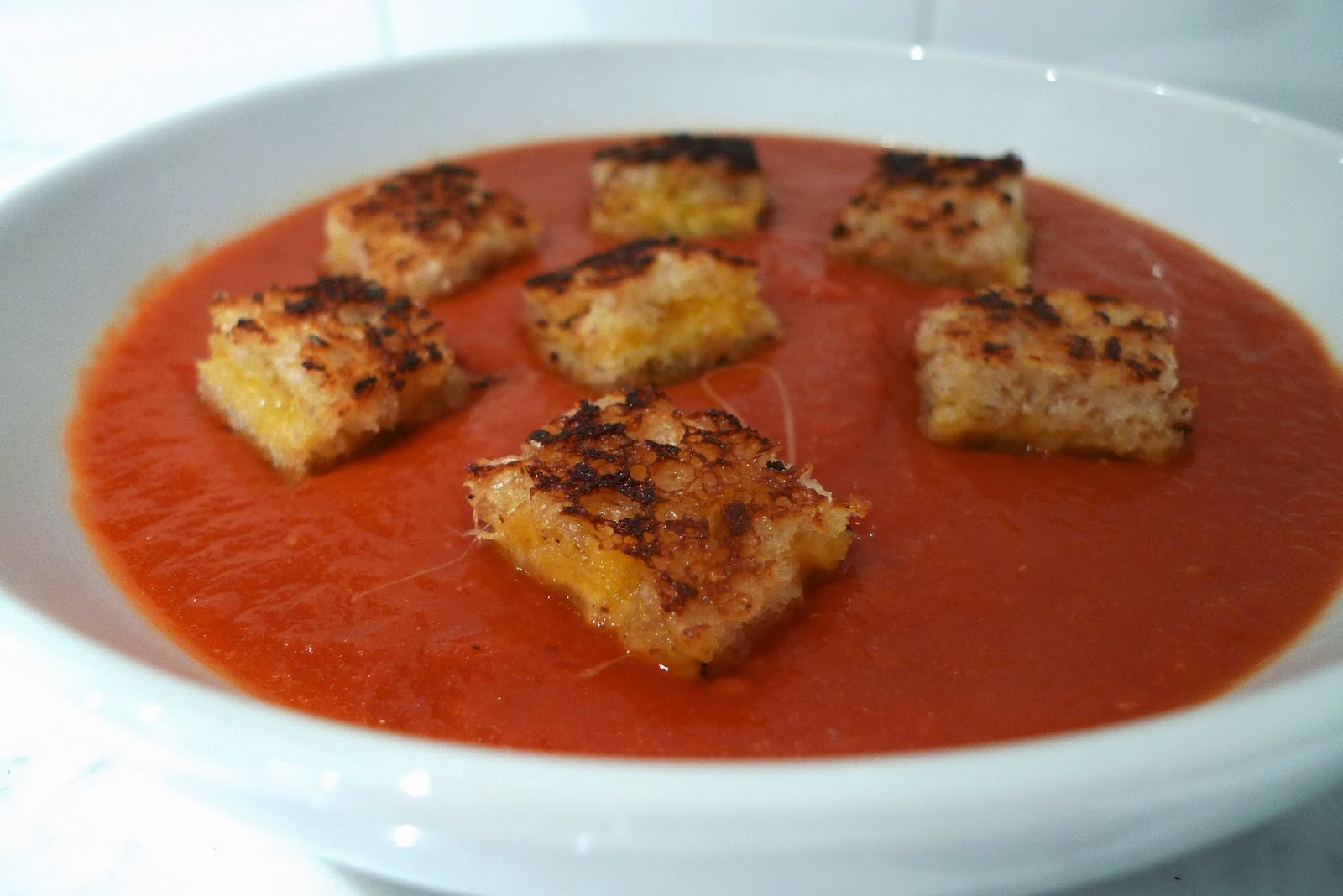siriously delicious: Spicy Tomato Soup with Grilled Cheese Croutons