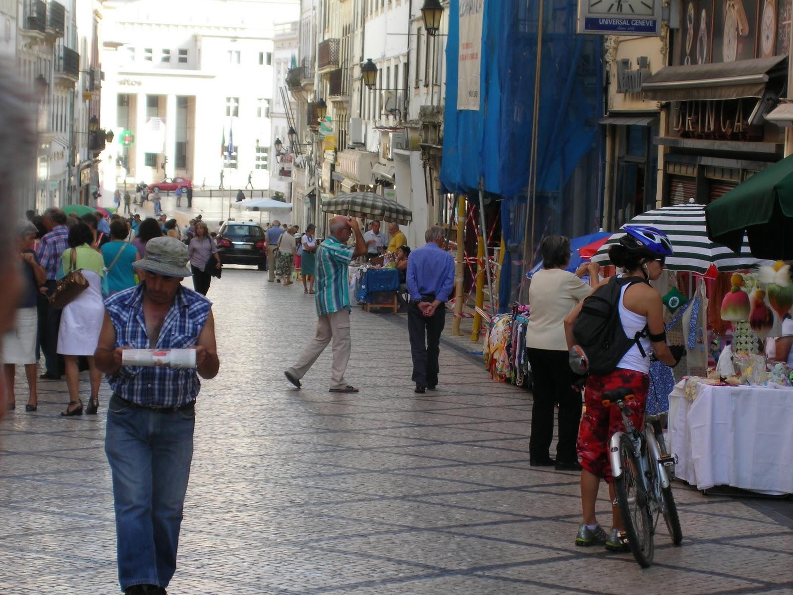 Adesivo De Olhos ~ anapaulabiju Feira de artesanato urbano de Coimbra