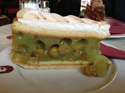 Sowohl Als Auch Berlin gooseberry cake