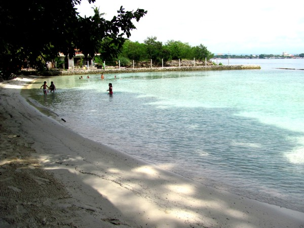 Rainbow Breeze Beach Resort Brgy Caliclic Babak Dist Davao Delights