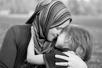 5 Hal yang Tidak Akan Pernah Diceritakan Ibumu Kepadamu Ataupun Kepada Orang Lain