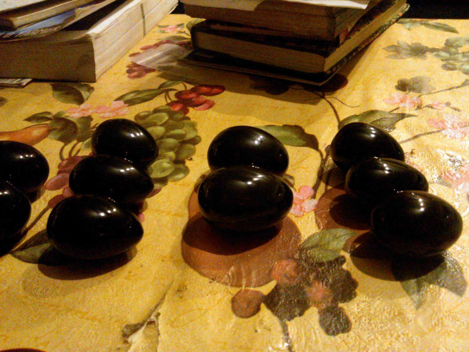 Huevos de Osiris (obsidiana negra)