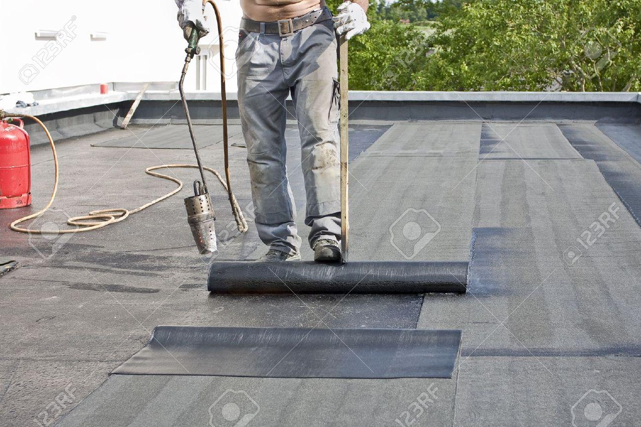 Крыши гаражей: ремонт кровли 65