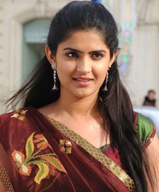 http://3.bp.blogspot.com/-k_41n4VxzHI/TcJ-teJrtKI/AAAAAAAAG90/JT906Hl7hzk/s1600/Deeksha_Seth_Hot_Saree5_5.jpg