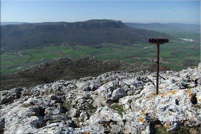 Vistas sobre La Llanada y Ballo desde la cima de Olano