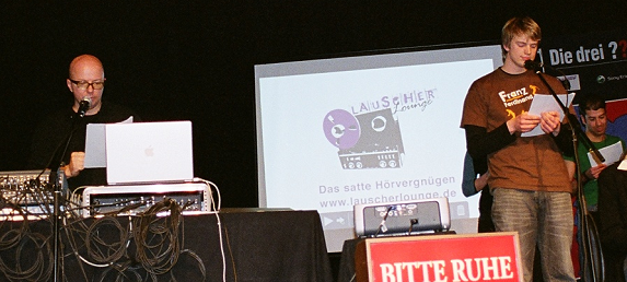 http://www.haschimitenfuerst.blogspot.de/2014/02/17-oliver-rohrbeck-ein-portrait-teil2.html#more