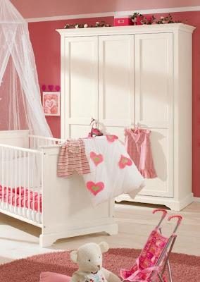 dormitorio bebé rosa fuerte