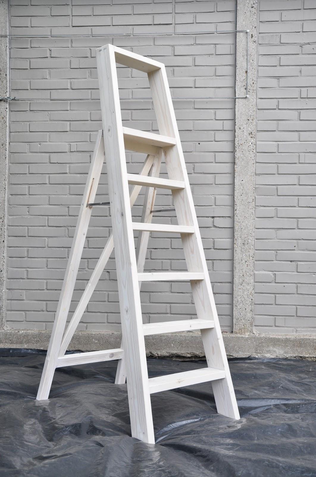 Trapje voor eigen gebruik eenvoud telt - Interieur houten trap ...