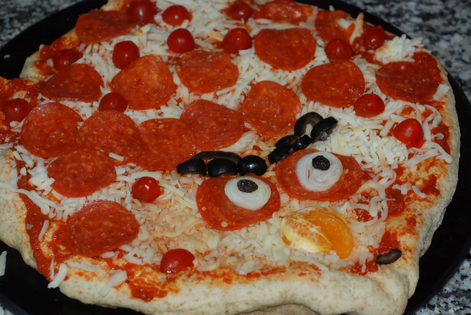 angry birds pizza yum!
