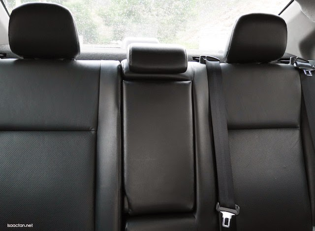A view of the back seats, with rear centre armrest