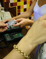 Debemos tomar ciertas precauciones con el pago con tarjeta
