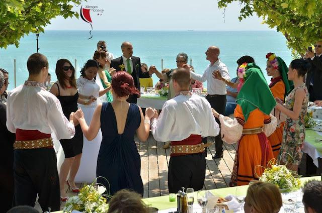 градинско парти край Балчик на брега на морето