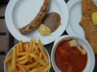 German food wurst pommes schnitzel