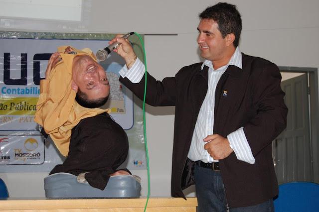 Lahir dengan kondisi kepala menghadap ke bawah