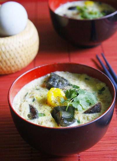 vietnamese food - Thịt Hấp Trứng Vịt Muối và Bách Thảo
