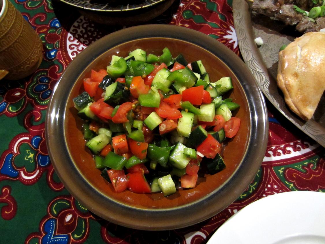 sauce meatballs spicy meatballs with pomegranate sauce fesinjan kyufta ...