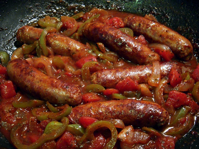 ... Podanys | Welcome to our world: Italian Sausage with Peppers & Onions