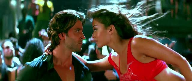 Screen Shot Of Hindi Movie Dhoom:2 (2006) Download And Watch Online Free at worldfree4u.com