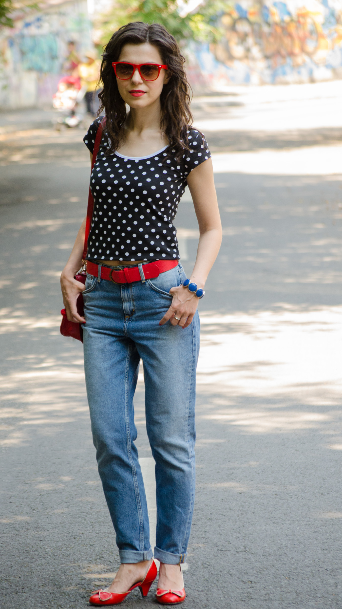 urban retro mom jeans h&m dots black red poema promod graffiti