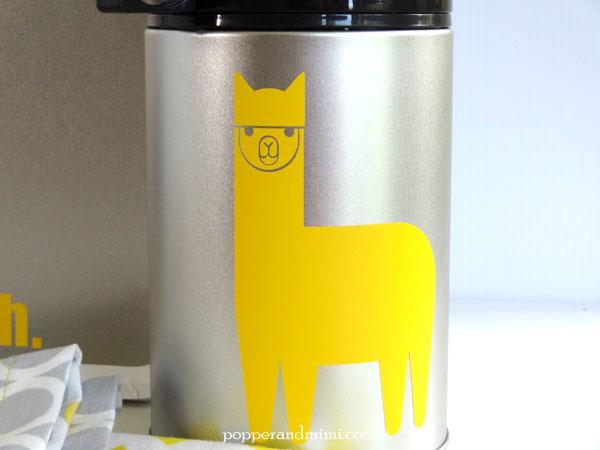 DIY Eco-Friendly Alpaca Thermos | popperandmimi.com
