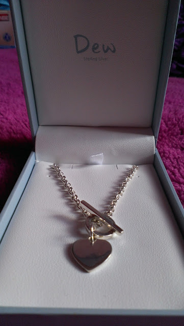 FindJewellery .co.uk Dew Silver 925 T-bar Heart Necklace