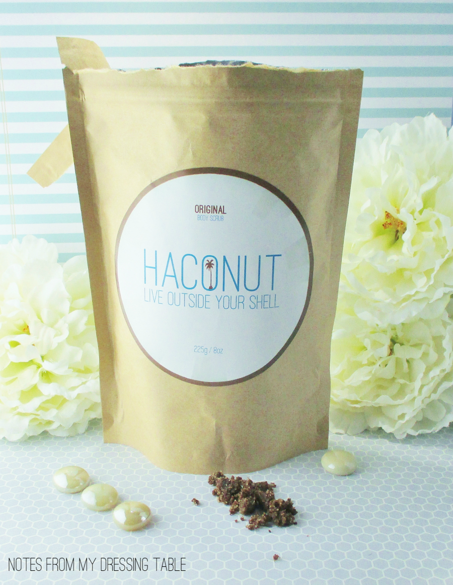 Haconut Natural Coconut Scrub Review notesfrommydressingtable.com