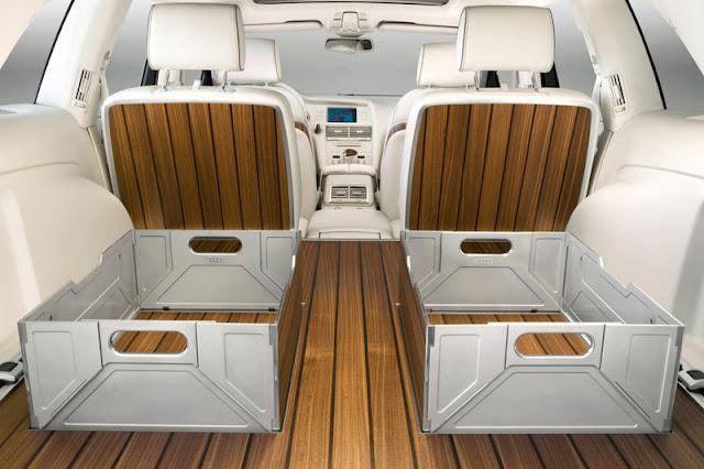 2008 Audi Q7 V12 TDI quattro Back sit Interior