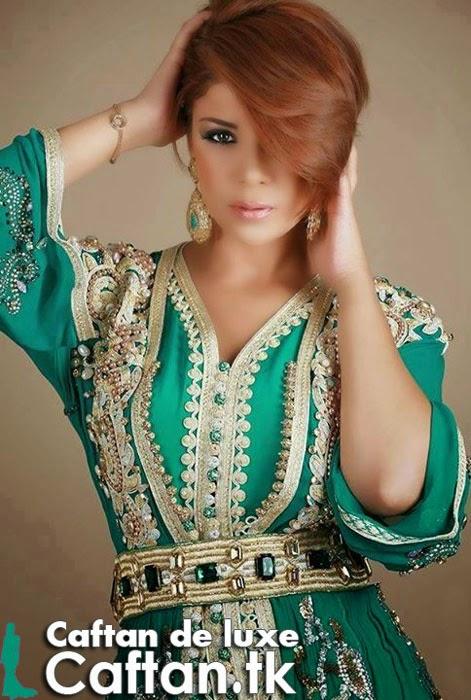 Caftan marocain vert orné de luxe