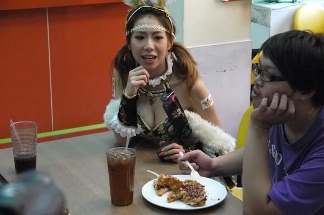 古龍爭霸 蜜姬 訪問 東吳大學 同學