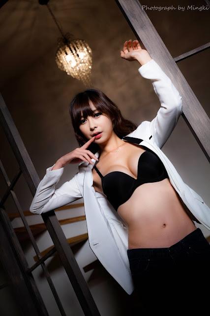 5 Seo Han Bit - Yellow sweater and white shorts - very cute asian girl-girlcute4u.blogspot.com